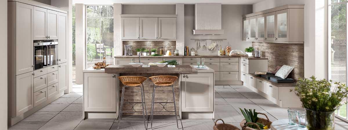 Auch die moderne küche bietet eine vielzahl an vorteilen küchenstile modern landhaus klassisch
